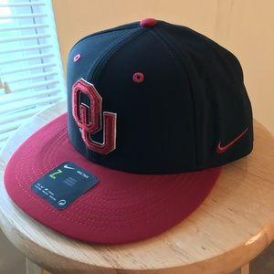 NEW Nike Oklahoma University OU Unisex fitted